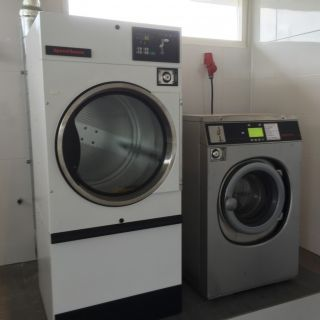 foto bedrijfswasmachine 6,5kg met gasverwarmde droger