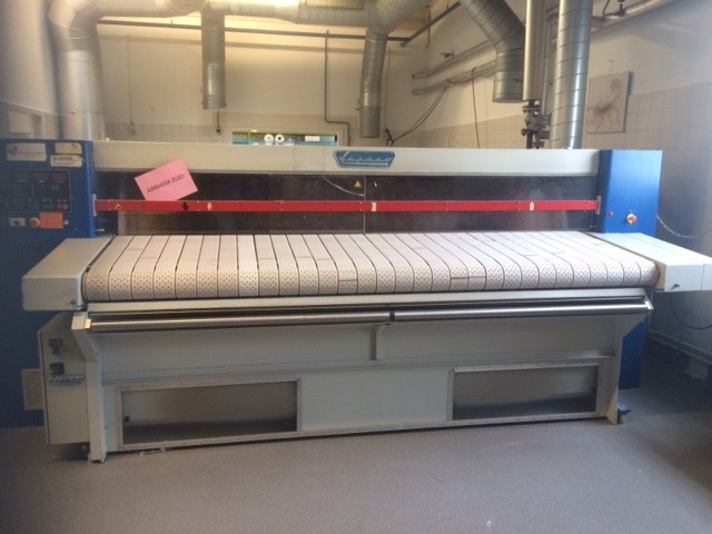 Lapauw 1x1200x3000 with lacofold and extra long feedingbelts and suction